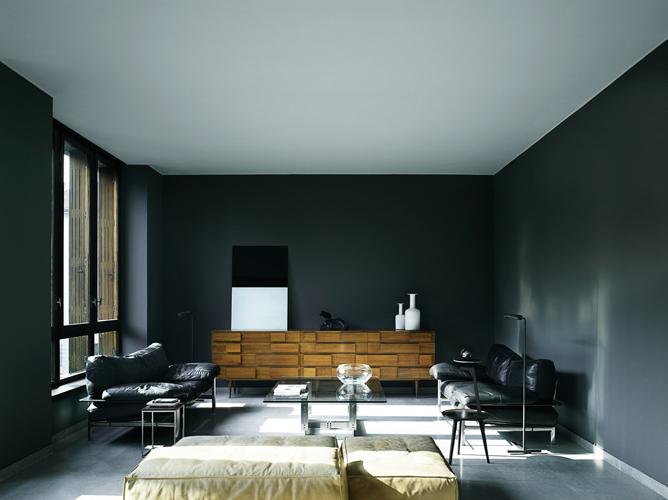 black walls 1