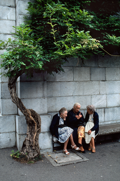 FRANCE-10126, France, 1989