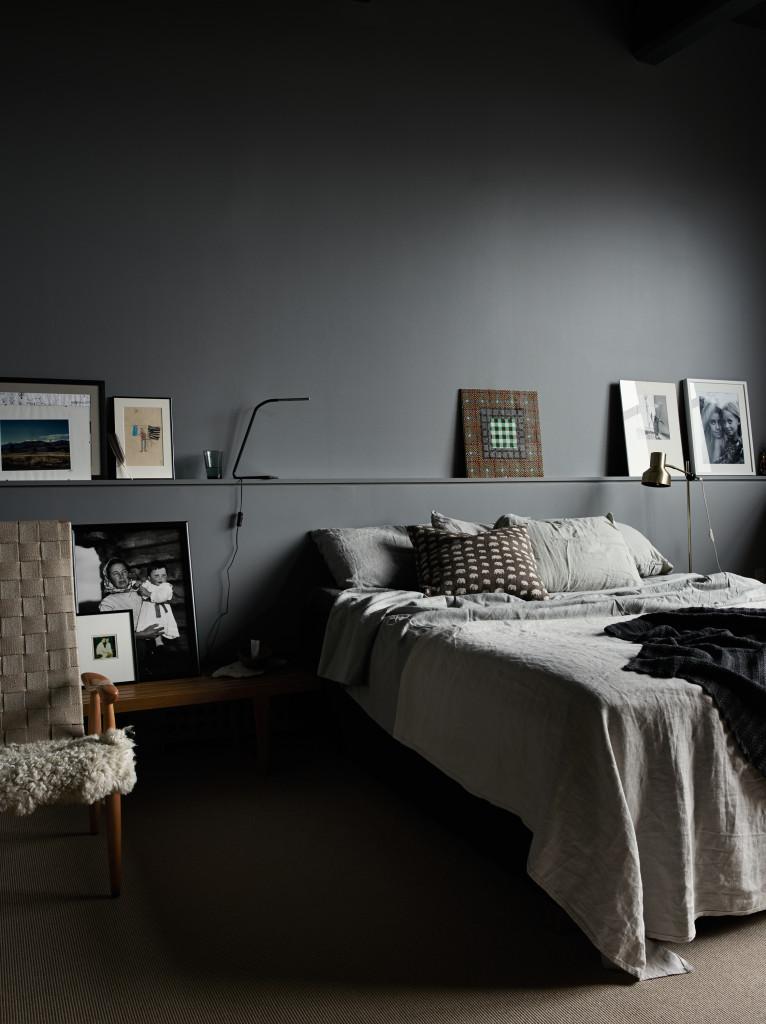 bedroom shelf 6